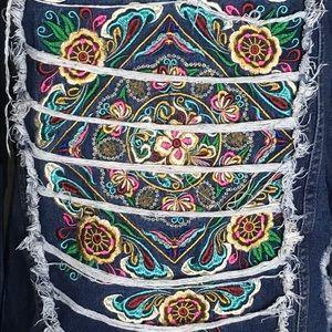 Distressed Embroidered Denim Jean Jacket M